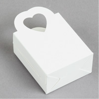 Heart-Handled Favor Boxes Step 5